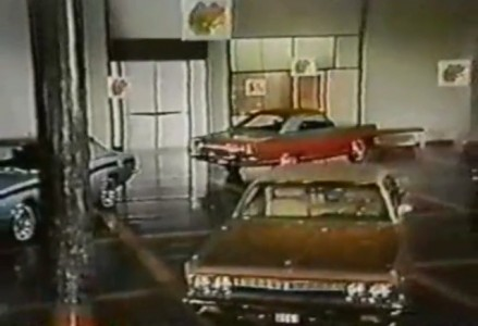 Plymouth - Road Runner Superbowl Commercial
